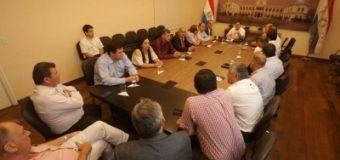 AUTORIDADES DEPARTAMENTALES DE ITAPÚA ELEVARON PROYECTOS AL EJECUTIVO