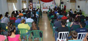 Reunión con jóvenes beneficiarios de los aportes de estudios que otorga la Municipalidad de Bella Vista
