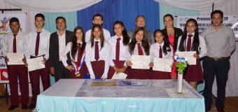 Acto de graduación y entrega de certificados en el Col. Nac. Virgilio Cataldi