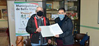 Firma de convenio entre la Municipalidad de Bella Vista y el Proyecto Yvyjaryi.