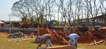 """Avance de la obra de construcción de aulas del """"Nuevo Local de la Esc. Básica N° 338 Pdte. Carlos A López"""